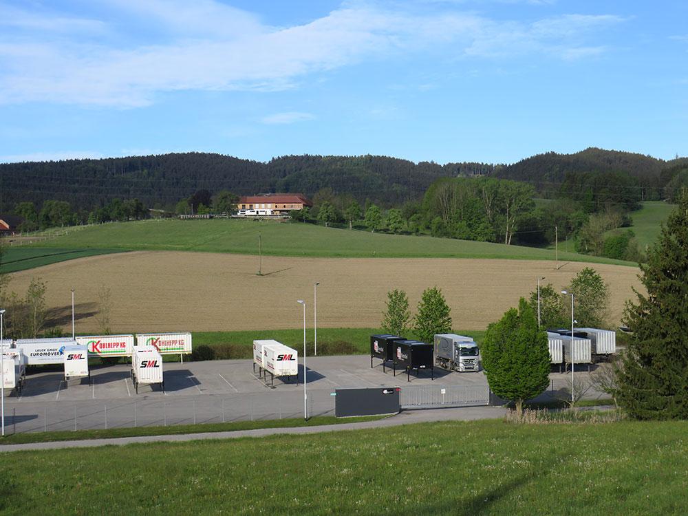 Prenneis-Immobilien-Ampflwang-LKW-Abstellplatz-1