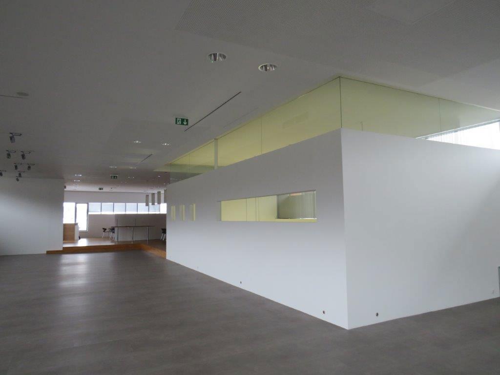 Prenneis-Immobilien-Ampflwang-Schauraum-10