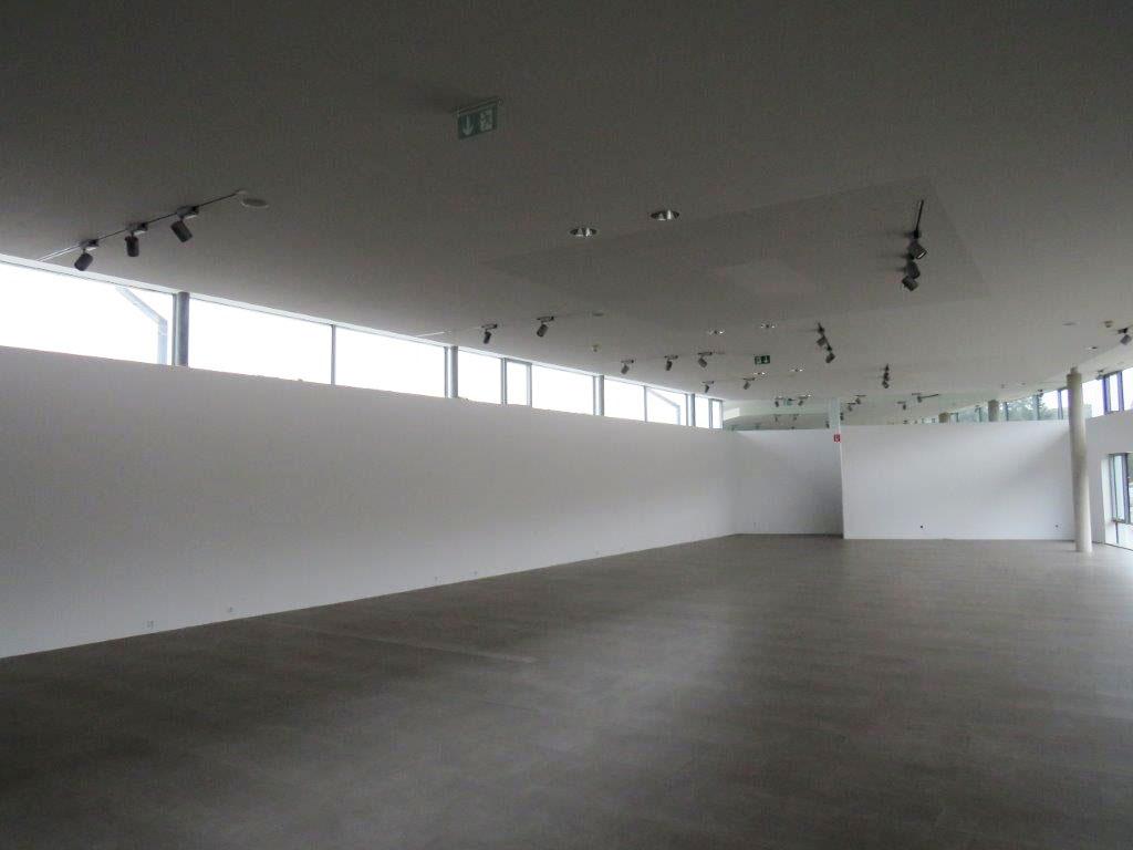 Prenneis-Immobilien-Ampflwang-Schauraum-11