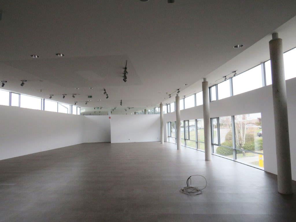 Prenneis-Immobilien-Ampflwang-Schauraum-12